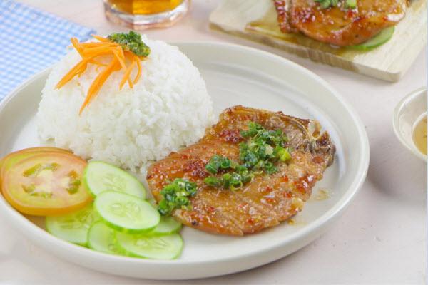 ăn tối thành phố Vinh
